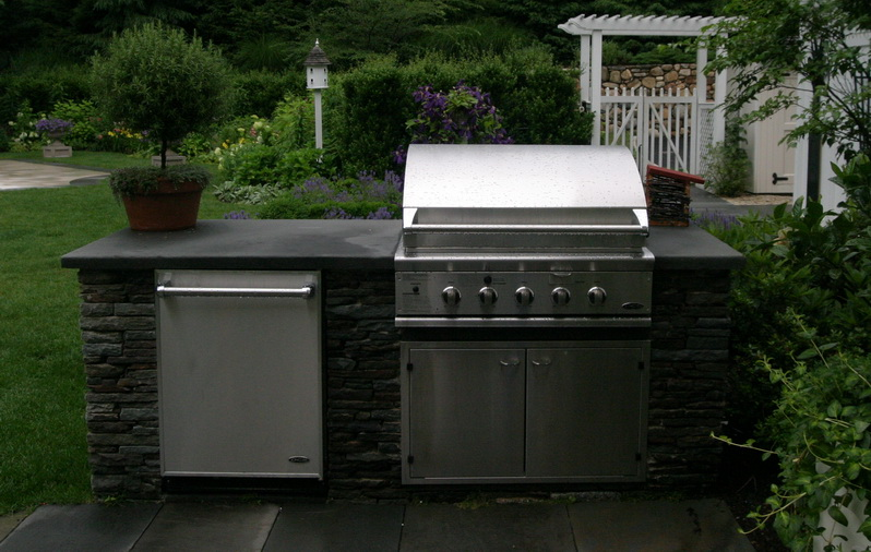Grill and refrigerator
